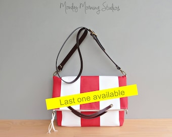 Wide Red Stripe Purse , Summer Nautical Purse, Spring Summer Tote, Striped Convertible Bag with Leather Strap, Beach Awning, USA Made