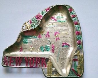 1960s New York Colorful Aluminum  Memorabilia  Souvenir Ashtray