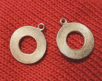 12pc 23x20mm antique silver finish metal  pendant-9746