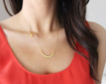 Luna Necklace | Crescent Moon and Star Necklace Gold