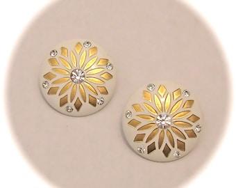 VINTAGE LARGE 50s 60s White Gold FLOWER Rhinestone Center Clip On Earrings