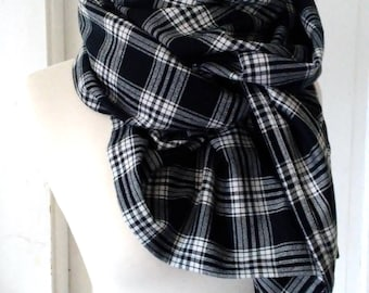 Tartan Plaid Flannel Triangle Blanket Scarf