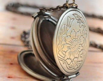 SHIPS TOMORROW Locket Necklace Mother Gift Quick Gift Silver Jewelry Mothers Day Gift Antique Locket Jewelry Graduation Gift