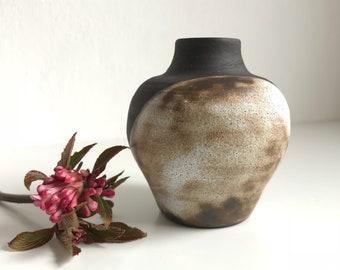 Mini black clay bud vase // Ceramic bud vase // Handmade // Small vase