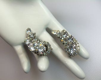 Vintage Silver Tone Sparkling Clear Rhinestone Juliana/D&E Clip Earrings Delizza and Elster