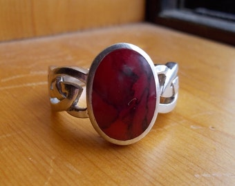 Celtic Red Stone sterling silver ring size 8.5