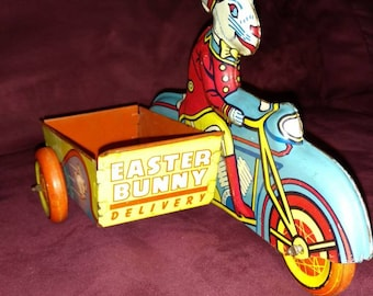 """Antique Wyandotte """"Easter Bunny Delivery"""" Tin Lithograph  Toy ~RARE~ HTF"""
