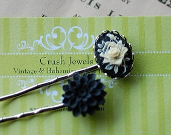FREE Shipping Barrette Cameo Black white flower shabby chic retro feminine romantic old hollywood bridal goth gothic