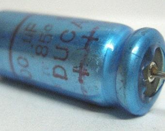 Electrolytic vintage capacitor 100uF 63V