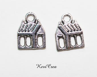10 x silver House charms