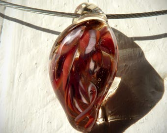 Necklace red implosion