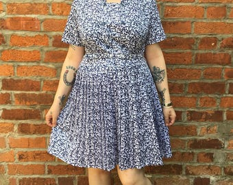 Vintage 60s Style Short Sleeve Dress Size Small/Medium Mod Indie