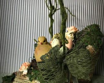 Easter Basket in a Shoe, Easter Basket with Chick, Unusual Easter Basket, Easter Decoration, Altered Shoe