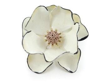 Vintage, Cream Flower, Brooch, Enamel, STK115