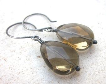 Smokey quartz faceted briolette earrings, oxidized silver gemstone earrings, elegant briolette earrings, simple gemstone earrings, minimal