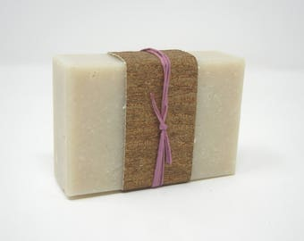 Rosemary & Clary Sage Rhassoul Bar with Geisha Gift Box