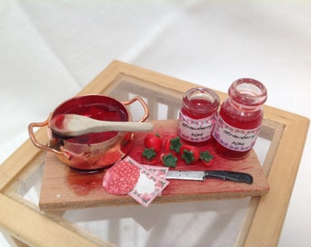 DOLLS HOUSE MINIATURES - 1/12th Jam making set
