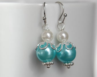 Mint Green Pearl Earrings  Mint Green Pearl Earrings Dangle Earring Beaded Earrings  Wedding Earrings  Mint Green Earrings Christmas gift