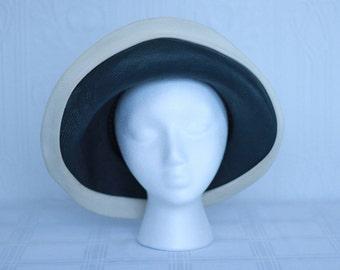 Mr John 60's navy and white straw hat