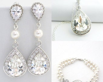 Bridal Pearl Jewelry Set, Wedding Earring and Necklace Set, Statement Bridal Earrings and Bracelet Set, Swarovski Wedding Jewelry for Brides