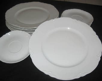 "Hutschenreuther Selb Bavaria Germany ""Racine"" China Set/Vintage Dinnerware/Ceramics/Hutschenreuther Porcelian/China Set//Vintage China"