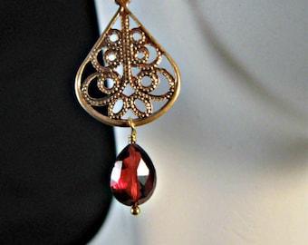 Garnet earrings,birthstone earrings,January birthstone,drop earrings,dangle earrings,filigree earrings,gemstone earrings,gemstone jewelry