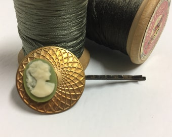 vintage hair pin .. brass and olive green cameo