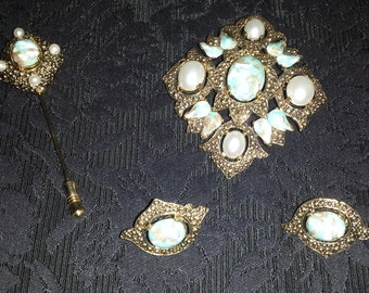Vintage Sarah Coventry Brooch Earring Pin Set – Robin's Egg & Pearl – RARE FIND #58