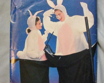 Rabbit out of Hat / Magician Adult Costume Sewing Pattern Butterick 6849
