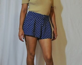 Blue and White Polka Dotted H&M Shorts (small)