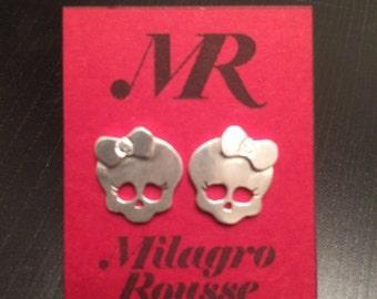 Sterling Silver Mini skull earrings. Hand made. Small earrings