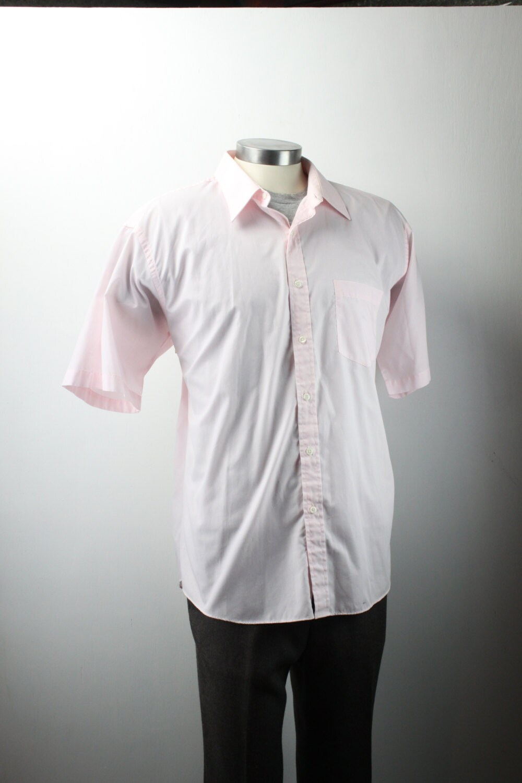 334c35dd7 Vintage Men's Short Sleeve Button Down Shirt - 1960's - Manhattan - Pink -  Vintage XL - 17 1/2 Inch Neck - Men's Spring & Summer Fashion