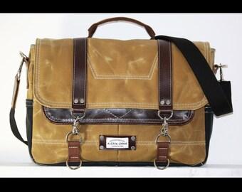 Waxed Canvas Messenger bag - laptop bag handmade by Alex M Lynch - 010048