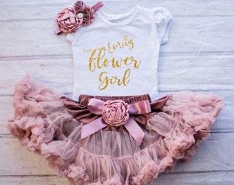 Flower Girl Shirt, Personalized Flower Girl Outfit, Flower Girl Rehearsal Outfit,Bridal Crew Shirt,Flower Girl Gift,Wedding Rehearsal Outfit