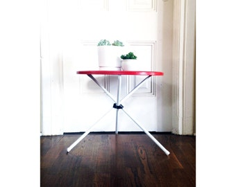 Vintage Patio Table / Mid Century Metal End Table / Red and White