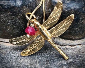 Dragonfly Small Bath gold pendant. Dragonfly Small bath gold necklace. Small Dragonfly pendant. Small Dragonfly necklace.