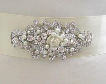 Pearl bridal sash, wedding sash,Rhinestone sash, bridesmaids sashes, bridal sashes,wedding dress sashes