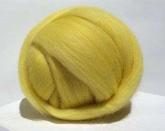 Butter Yellow Merino Roving, yellow wool roving, Needle Felting, Spinning Fiber, light yellow roving