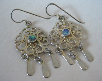 Green Blue Filigree Abalone Silver Earrings Pierced Wire Dangle Vintage Shell