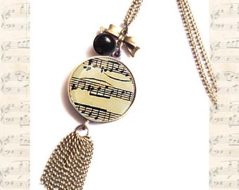 Printed NECKLACE old sheet music under glass dome
