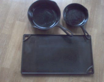 Cast Iron frying pans, set of 3  no 5-Wagner, Lodge Griddle, no 3 fry pan , vintage cookware
