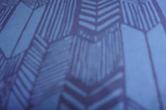 Hoffman Batic - Blue Arrow Cotton Quilting Fabric
