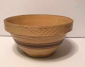 Beautiful vintage McCoy pottery bowl