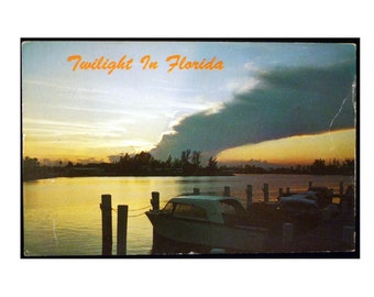 "Twilight in Florida, 1970's Vintage 3.5"" x 5.5"" Glossy Postcard - FREE SHIPPING"