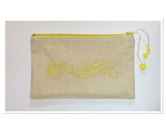 Kit, Vosges canvas embroidered with a musical staff yellow