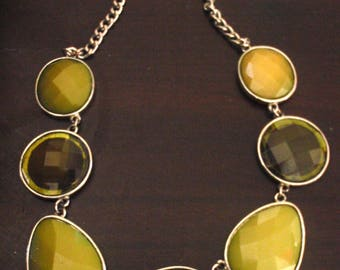green collar choker bib necklace vintage
