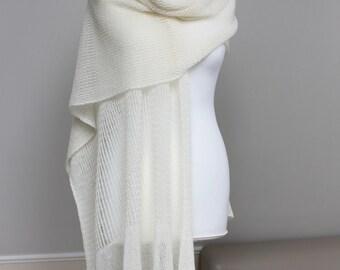 Knitted Wedding Laces Shawl, Ivory Wedding Shawl, Merino Wool Stole, Wedding Laces Wrap, Weddings, Off White Wedding Wrap