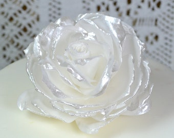 Edible Rose White Pearl Lustre - Wafer Rice Paper 3D Roses Flowers - Wedding Cake Decorations Birthday Decor Cupcake Toppers Metallic Shine