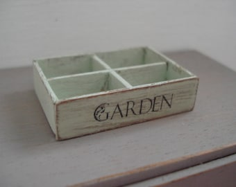 Dollshouse Miniature crate, Dollshouse box, miniature garden, One inch 1:12 scale, miniature box