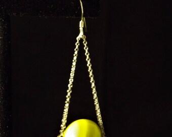 Lumineux vert et argent sterling boucles d'oreilles